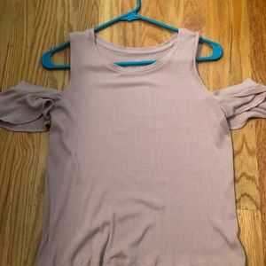 Ribbed American Eagle cold shoulder tee